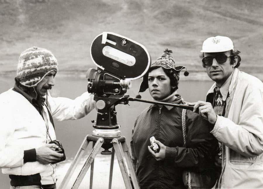 1977. sonia Llosa.Filmación de TaitaToribio festival de cine de lima PUCP