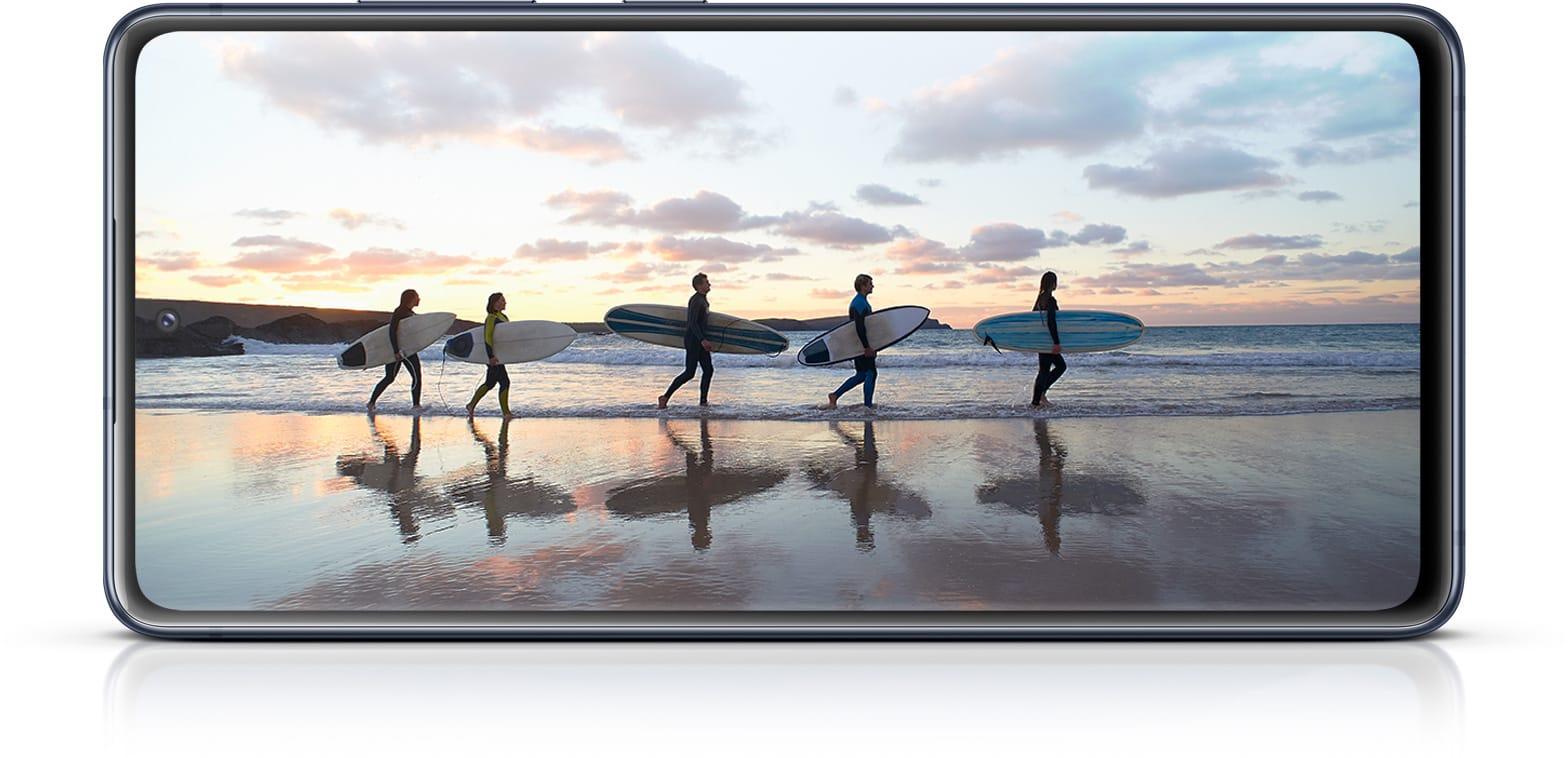 Samsung S20 FE El Smartphone con especificaciones de gama alta, con precio accesible pantalla
